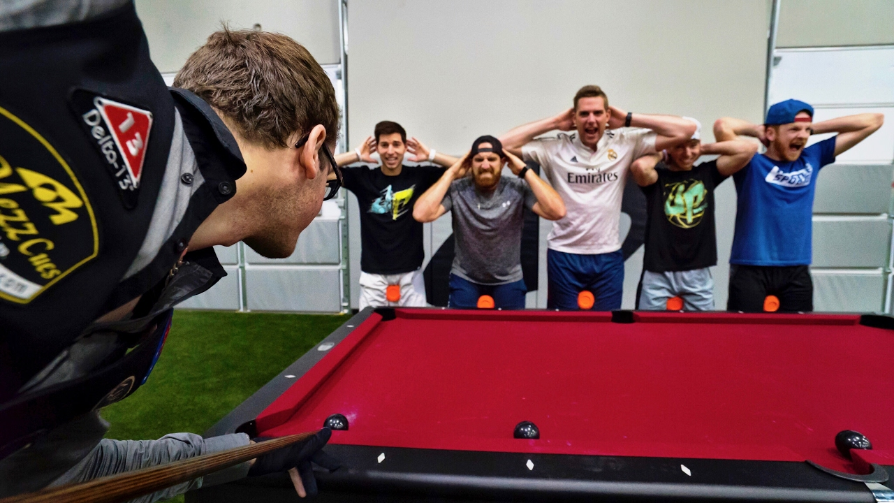 Pool trick shots - Awesome swimming pool trick shots ...