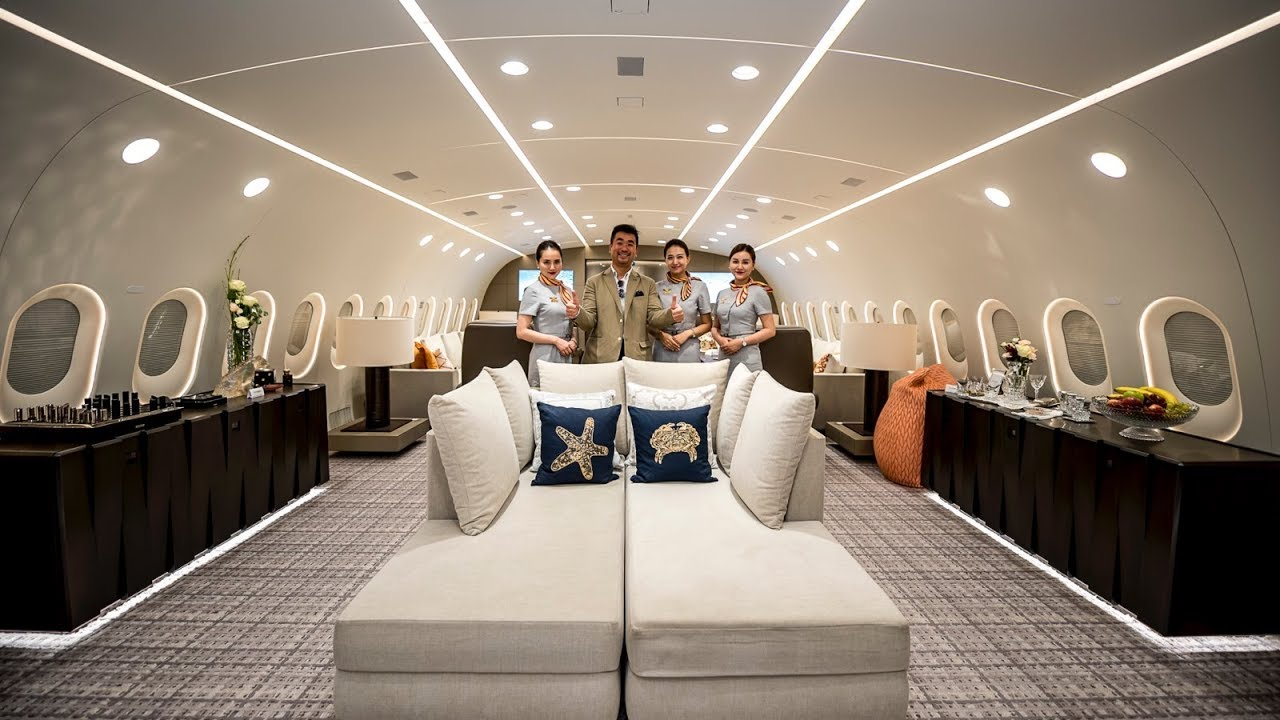 Inside Look at the World's Only Private Boeing 787 Dreamliner Jumbo Jet
