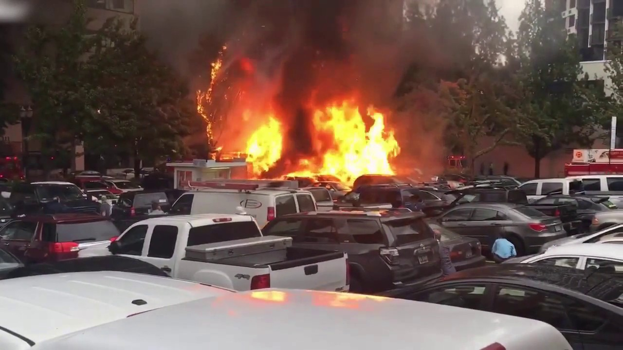 Taco Stand Explodes in Middle of Parking Lot
