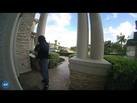 Fake DEA Agents Caught On Camera Trying To Enter Texas Home!