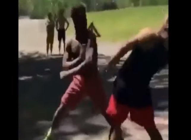 Dude Gets Knocked Out By Lightning Fast Spinning Backhand