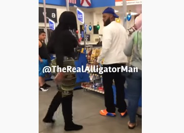 Guy Cheating On His Girlfriend Gets Caught At Walmart!