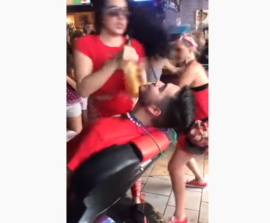 Bartender Had Enough And Exploded When She Got Groped